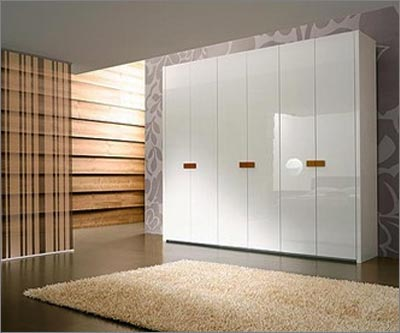 White Wooden Wardrobe Design