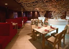wood-restaurant-furniture